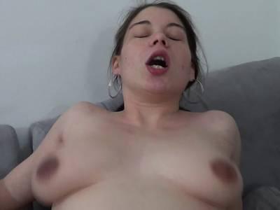 bilder von nackten schwangeren frau